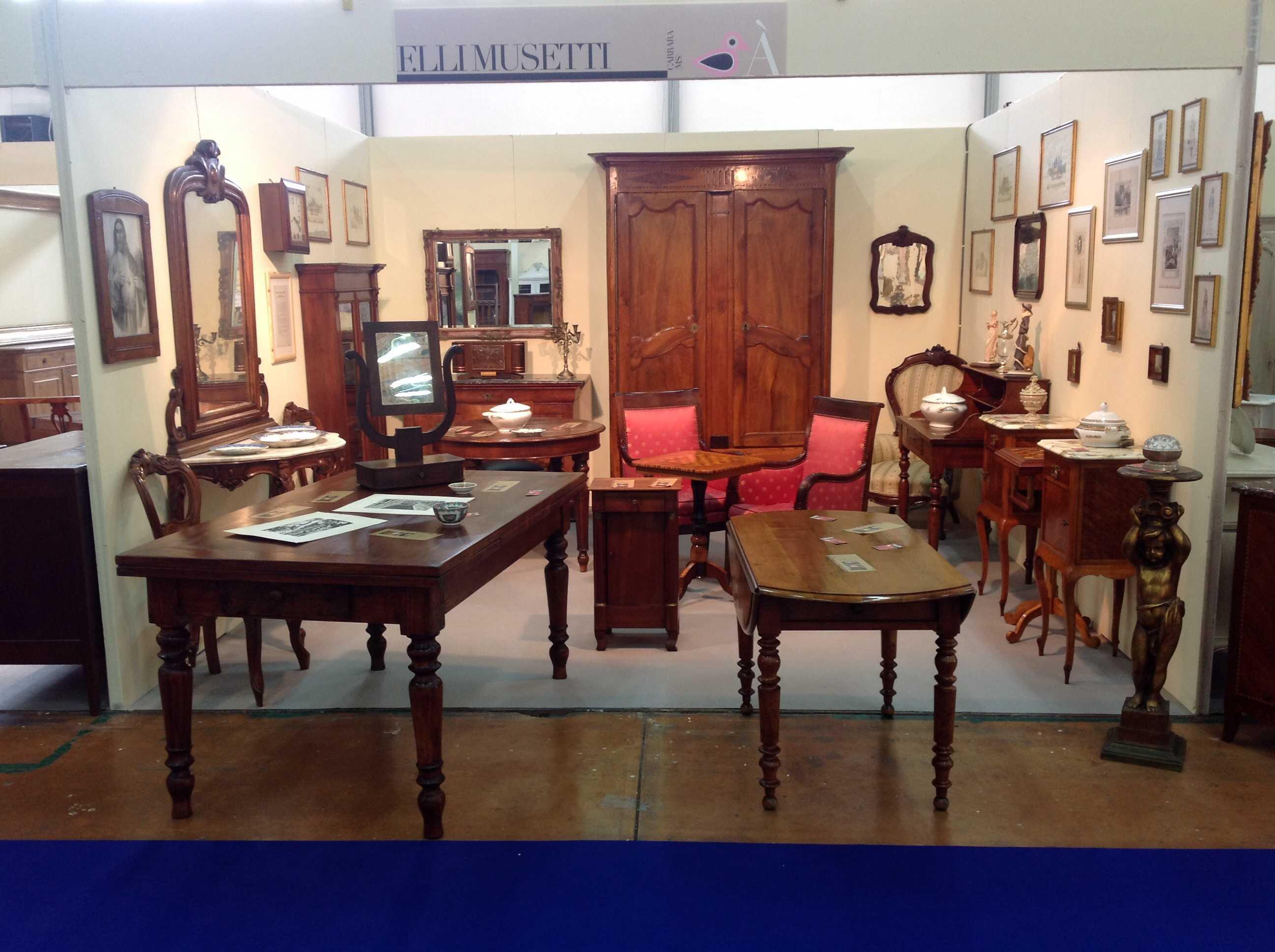 Musetti mobili antichi vendita e restauro mobili antichi for Mobili vendita