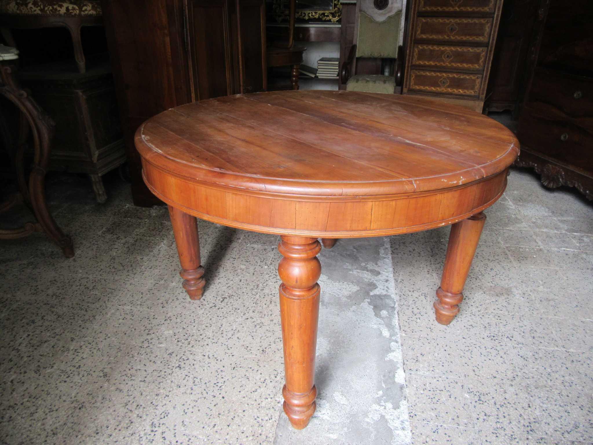 Tavoli arredamento mobili antiquariato musetti for Tavoli a bandelle moderni