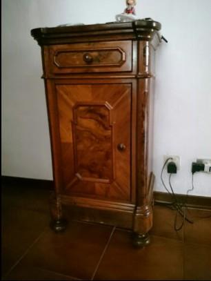 Comodino luigi filippo lombardo arredamento mobili for Arredamento lombardo