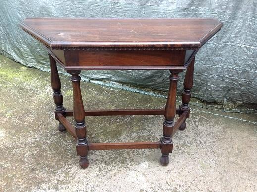 Consol rinascimento arredamento mobili antiquariato musetti for Ufficio stile artigiano