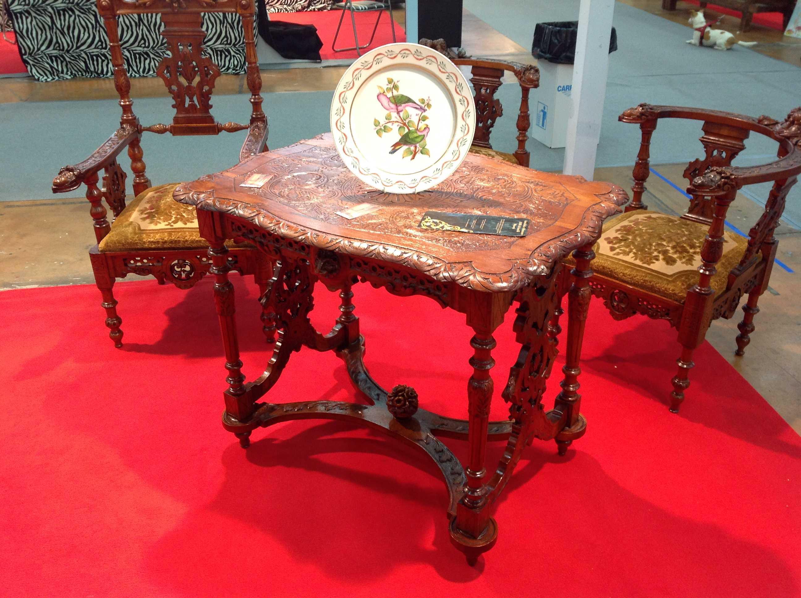 Tavolino stile eclettico arredamento mobili antiquariato for Arredamento stile eclettico