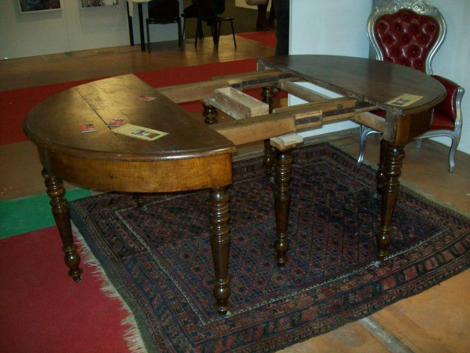 Tavolo luigi filippo noce arredamento mobili antiquariato musetti - Riconoscere mobili antichi ...
