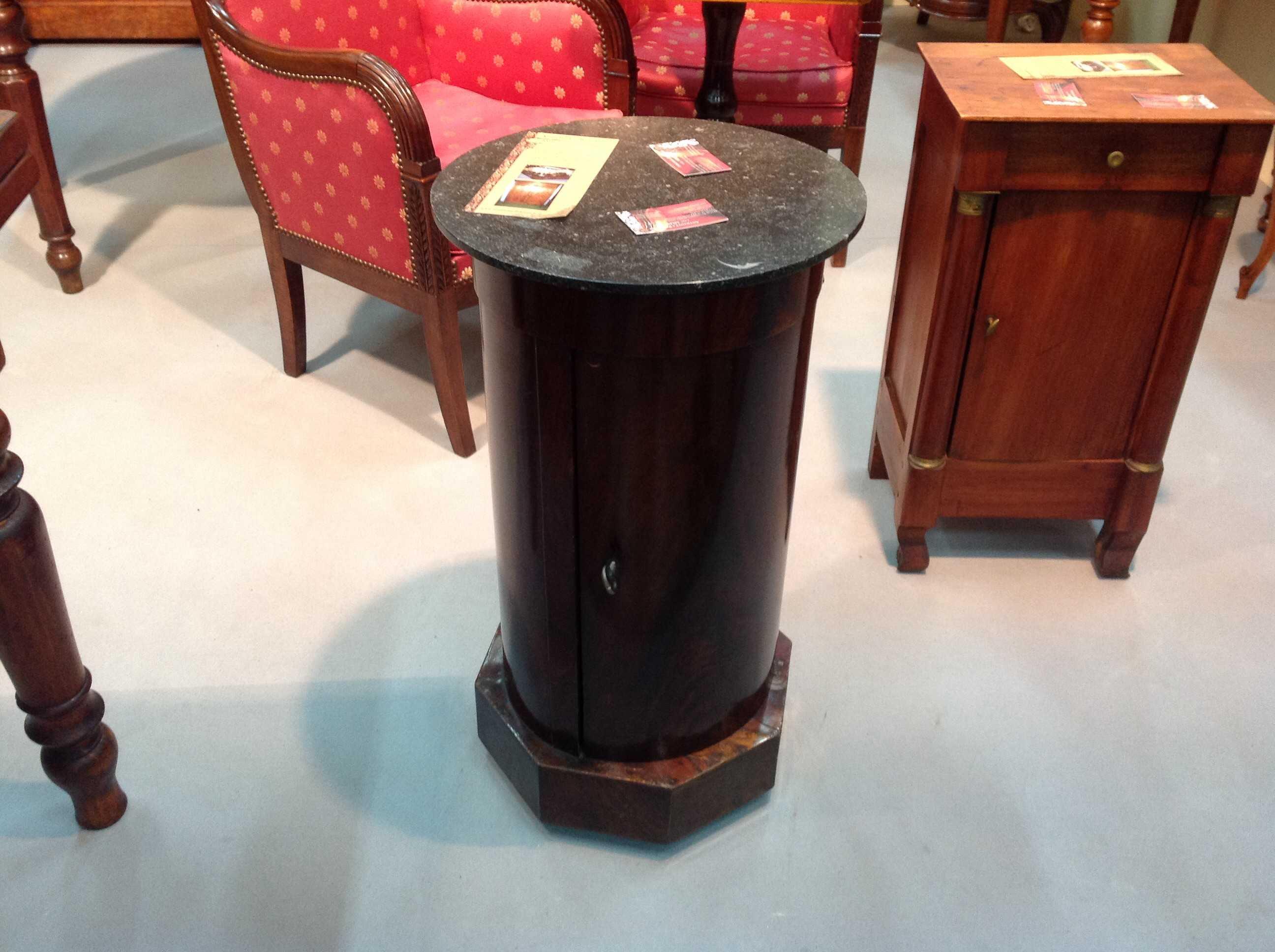 Impero restauro vendita antichit arredamento for Antiquariato mobili