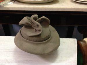 Cappello donna antico lusso
