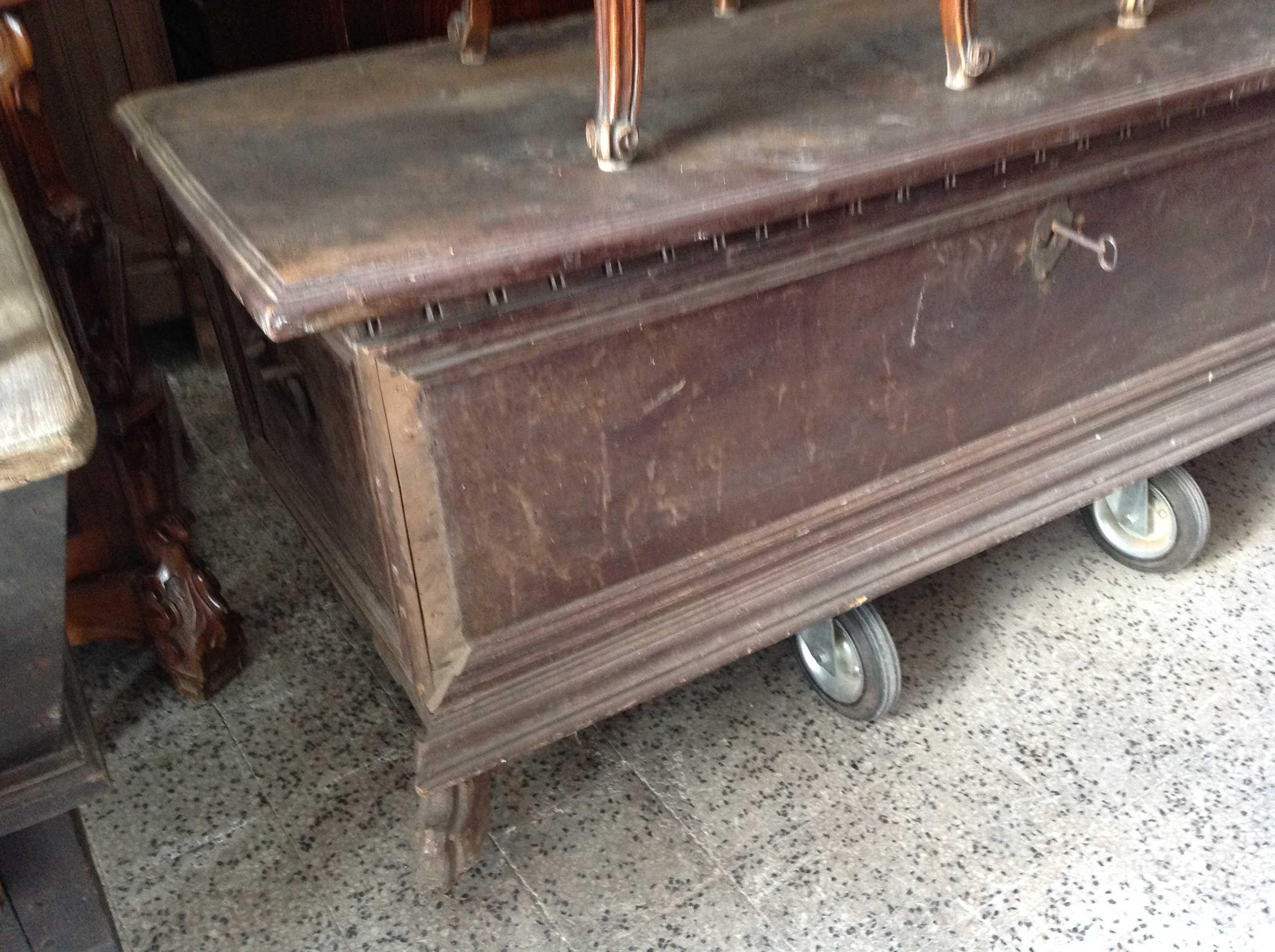 Cassapanca 600 arredamento mobili antiquariato musetti for Mobili 600 toscano