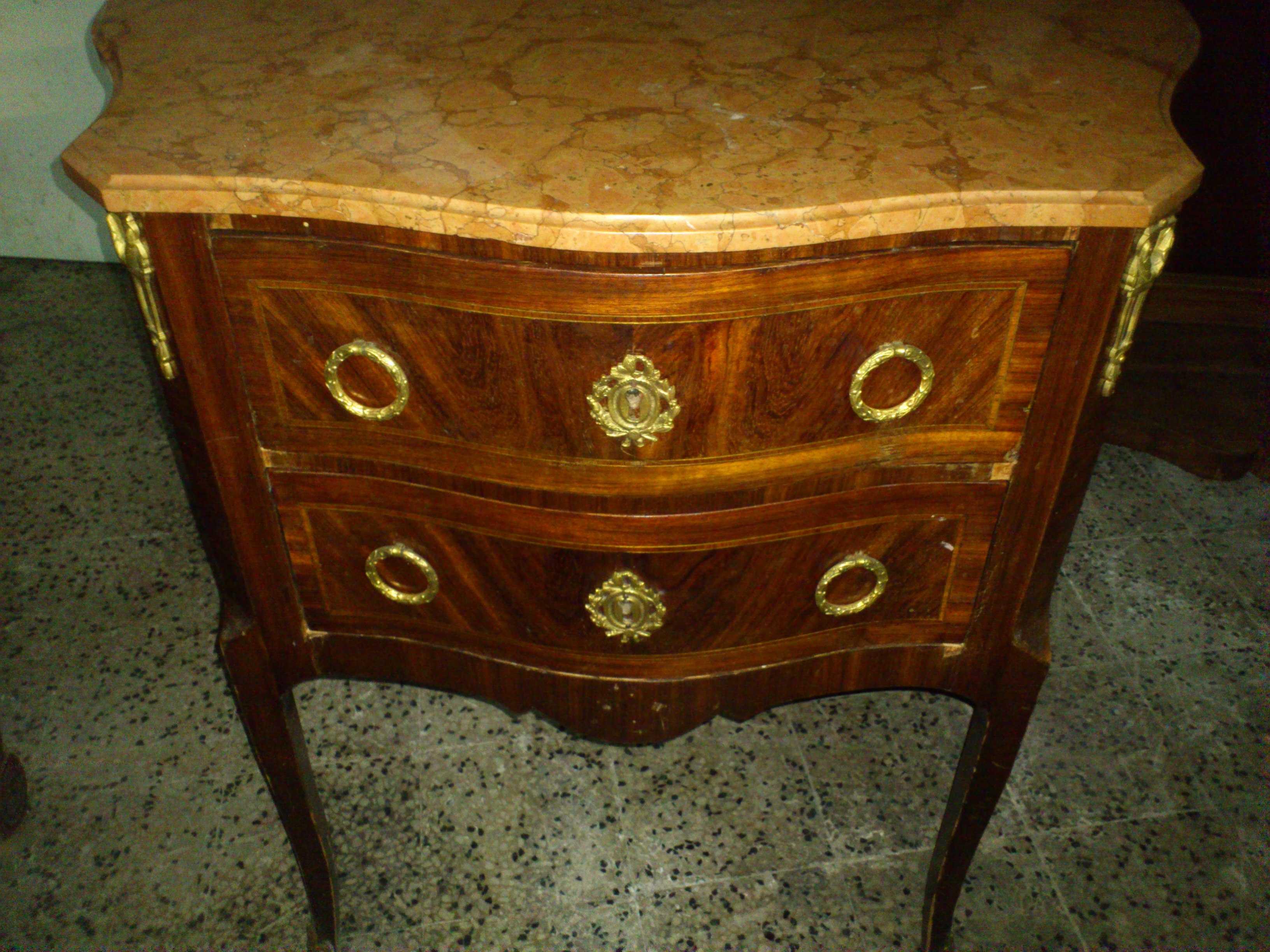 Commode arredamento mobili antiquariato musetti - Riconoscere mobili antichi ...