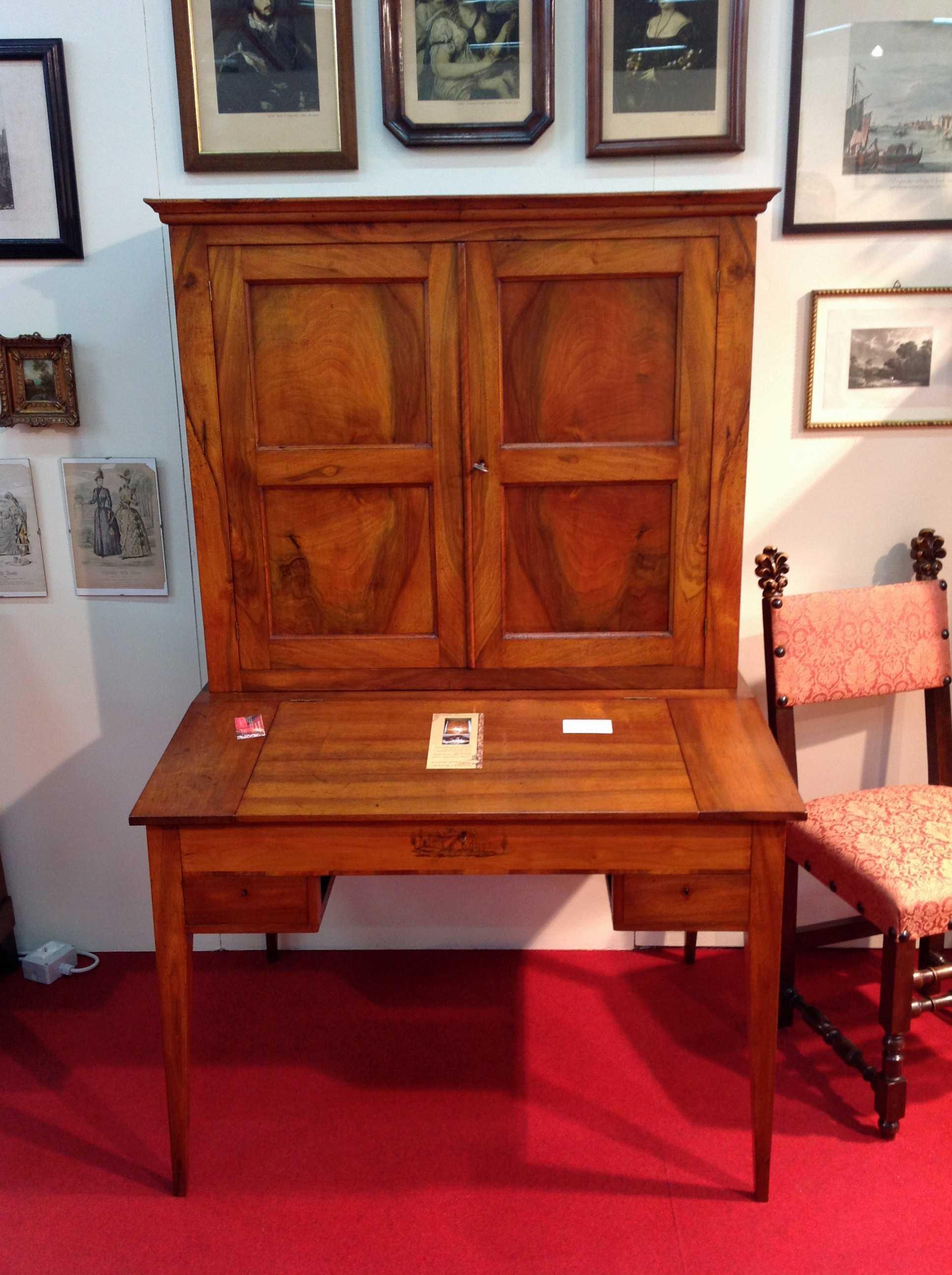 Scrivania luigi xvi arredamento mobili antiquariato musetti for Arredamento luigi xvi