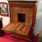 Secretaire , Francia , in legno di noce massello , periodo fine 800, stile Napoleone III, ottimo stato di conservazione
