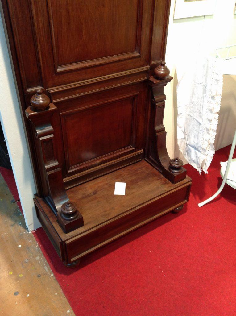 Particolari confessionale arredamento mobili antiquariato musetti - Riconoscere mobili antichi ...