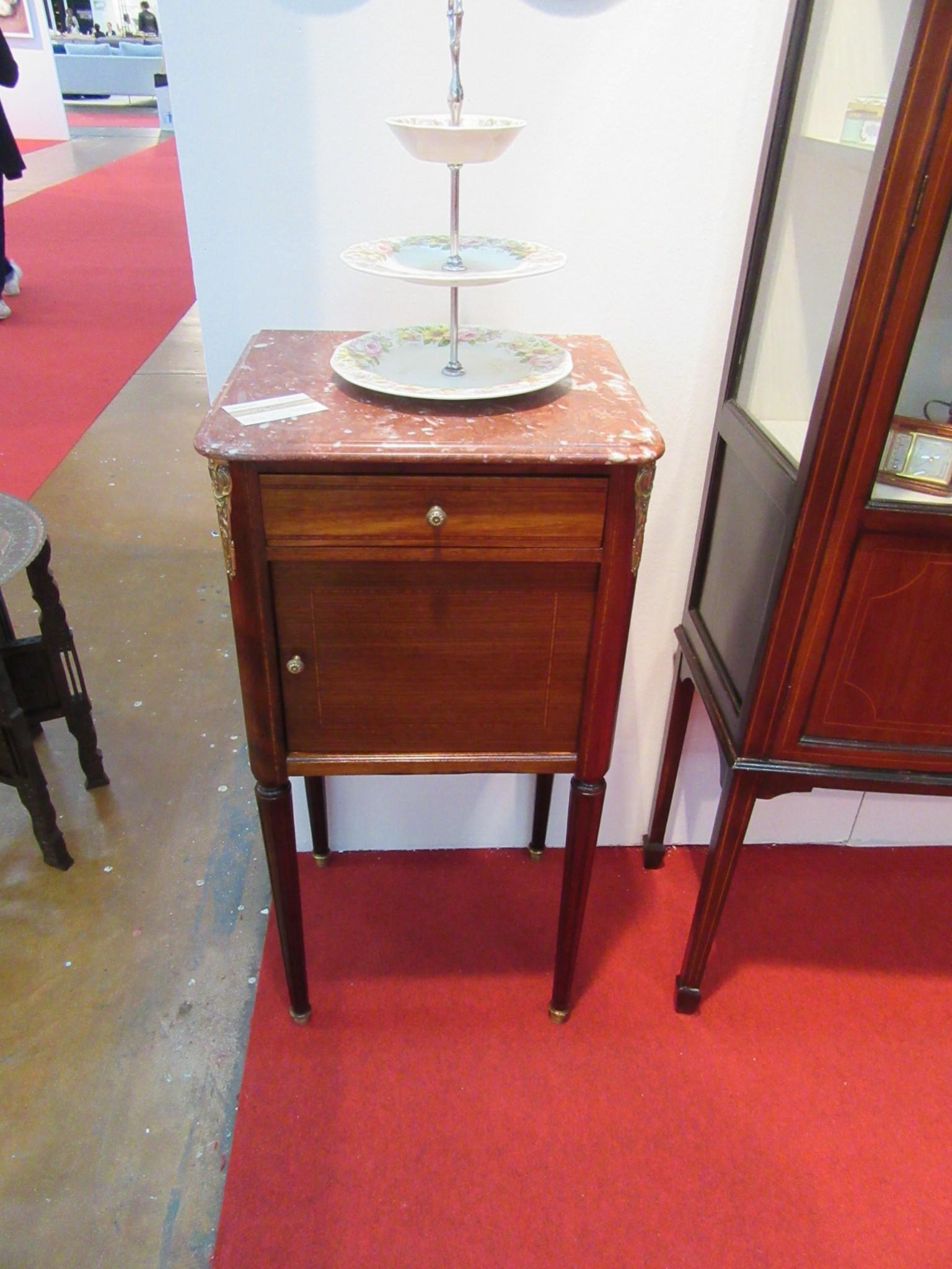 Comodino napoleone iii arredamento mobili antiquariato musetti - Valutazione mobili usati ...